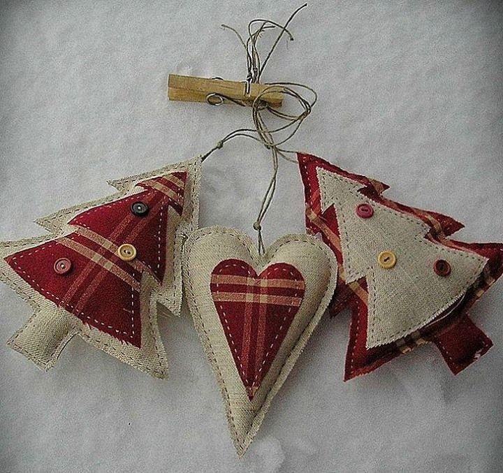 Decoración navideña con arpillera