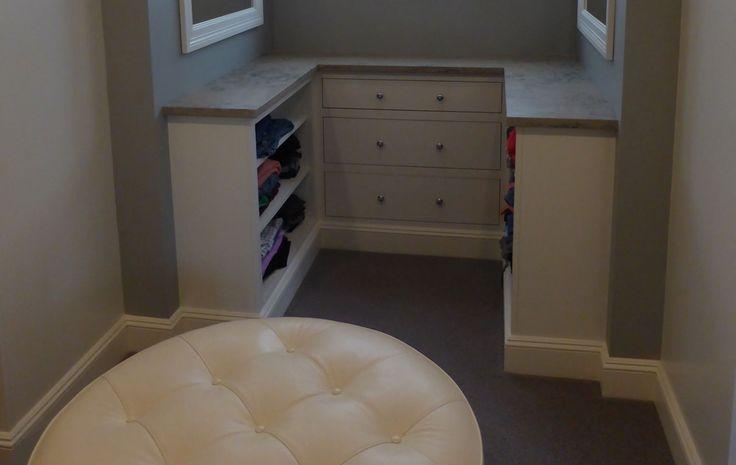 dressing room alcove