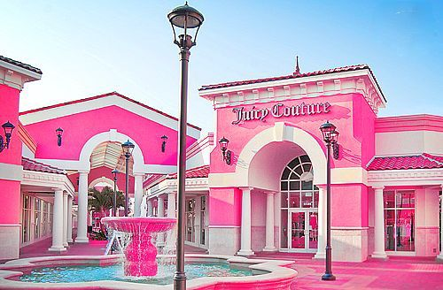 Juicy Couture store <3 <3 <3 <3 OMG <3 <3 take me there.. heaven on earth?! yes!! <3 <3