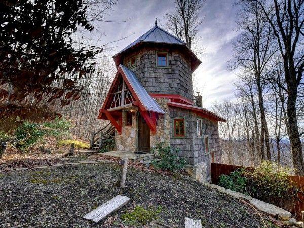 Micro Castle, Hobbit House, Western North Carolina exterior