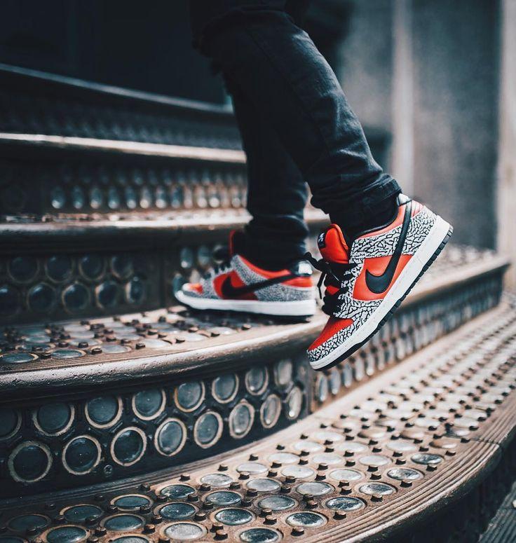 "SUPREME x Nike Dunk Low PRM SB ""Fire Red"""