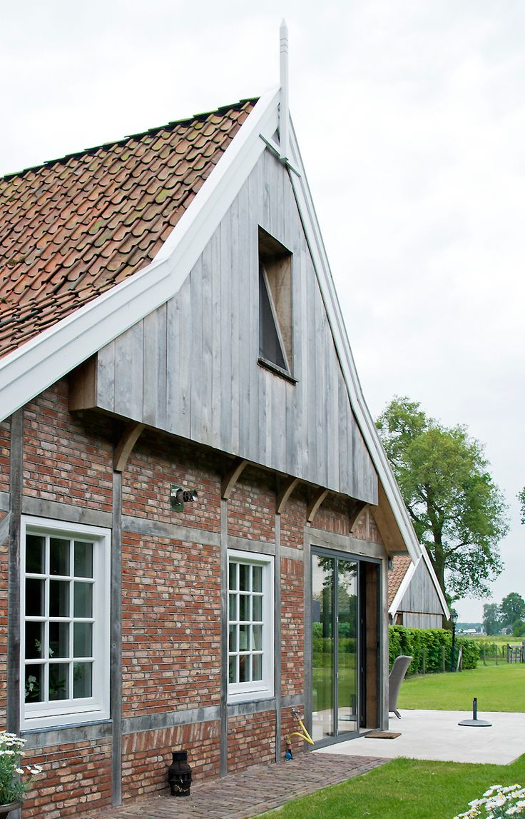 Boerderij - Building Design Landelijk exterieur.. Gebinten, onbehandeld hout Doorzalend dak