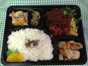 平成25年7月9日(火)ランチメニュー: バーベキューチキン ・豚肉とチンゲン菜炒め ・筑前煮 ・夏野菜のあっさり和え