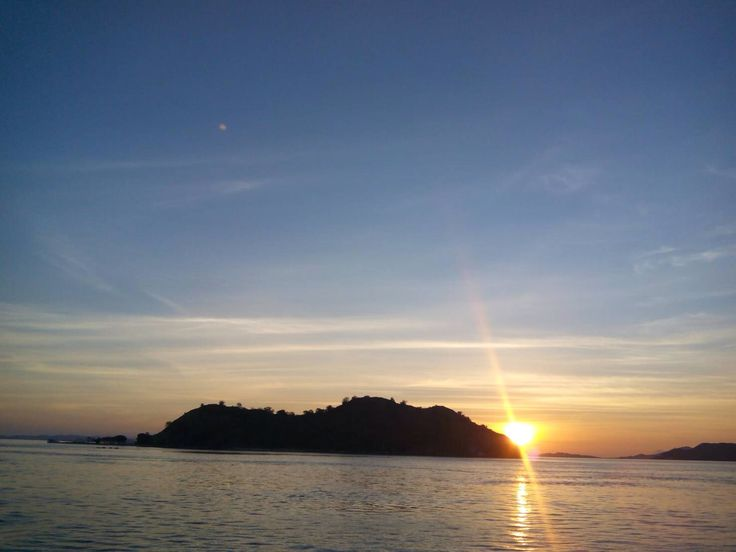 Sunset.... Pulau Kelor Flores