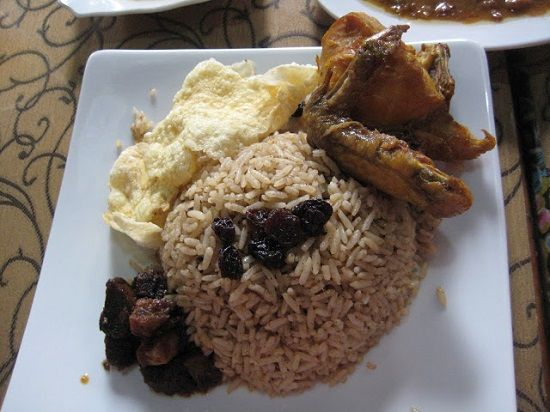 resep cara membuat nasi kebuli daging ayam khas arab yang lengkap dan enak
