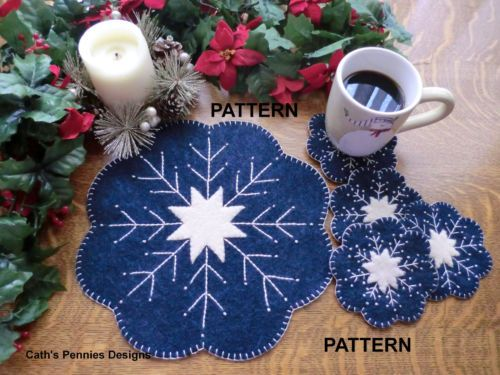 Snowflake-Wool-Applique-Penny-Rug-Candle-Mat-with-Mug-Rugs-Pattern