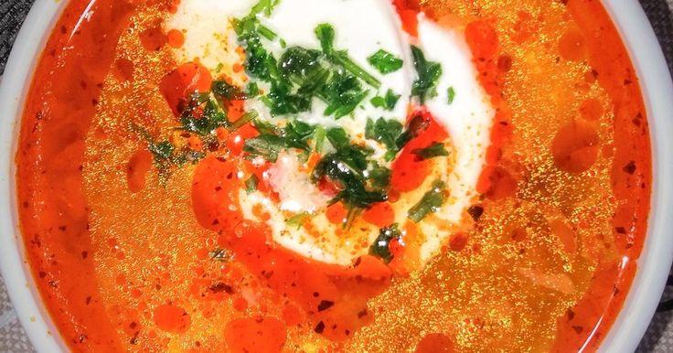 Mennyei Savanyú tojásleves recept! Egy gyorsan és könnyen elkészíthető leves.