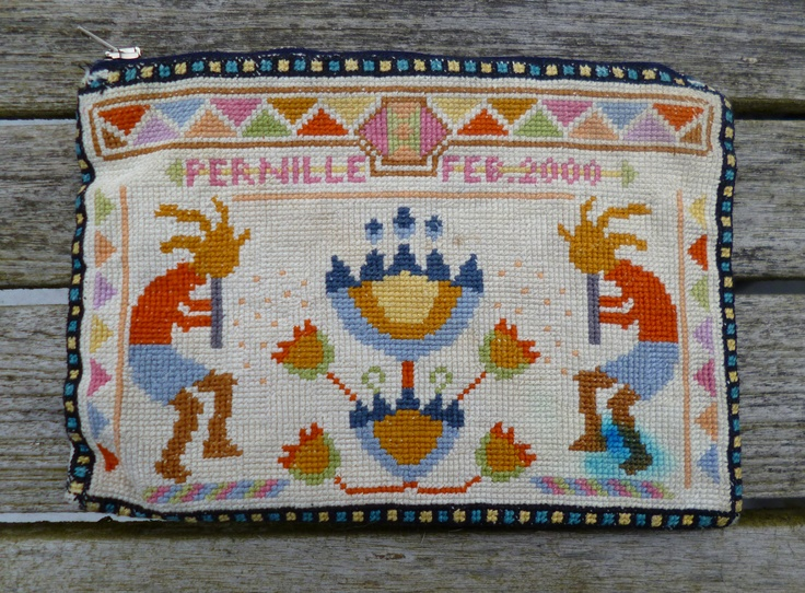 My very first purse sewn in year 2000. Very indian-inspired with petroglyph motiv.