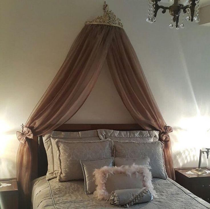"""180 Beğenme, 3 Yorum - Instagram'da Ev Gezmesi (@evgezmesicom): """"Bedia hanımın @bediasvsn geleneksel, klasik stil evinin her köşesi ayrı zevkli. Yatak odası, tüllü…"""""""