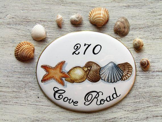 Targa personalizzata con decoro conchiglie, Targa per la casa dipinta a mano, placca di porcellana, targa di porcellana, targa per indirizzo