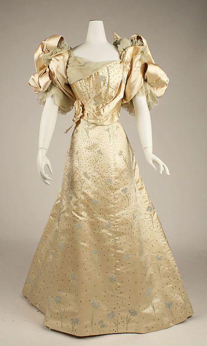 Ball gown, Worth, c.1893. Silk