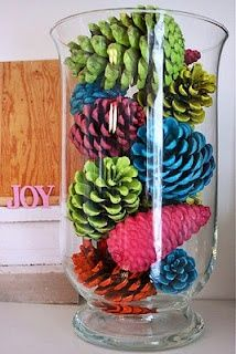 I'd do this in fall colors with glitter. Such a pretty centerpiece.