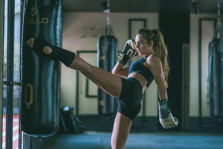 Кикбоксинг помогает похудеть