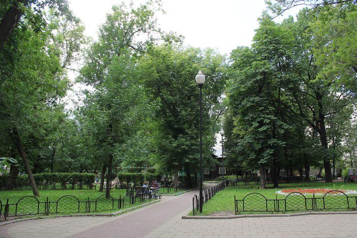 Milyutinsky Garden 01.jpg