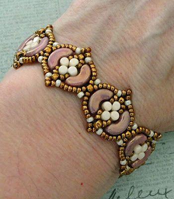 Linda's Crafty Inspirations: Bracelet of the Day: Fina Bracelet - Violet & Ivory