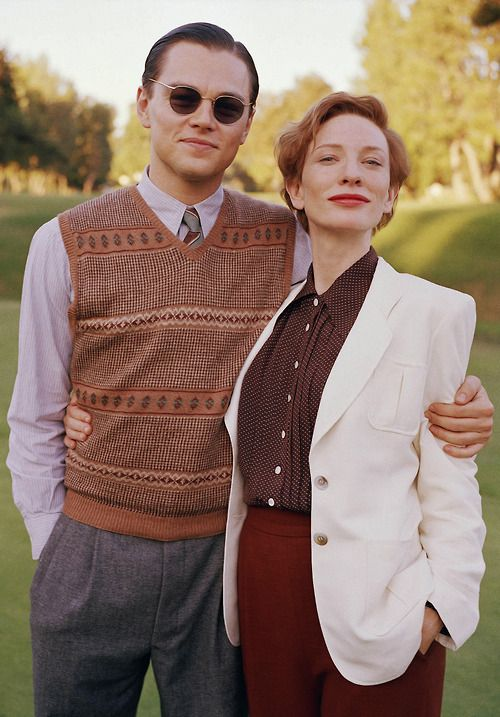 Leonardo DiCaprio (Howard Hughes) and Cate Blanchett (Katharine Hepburn) on the set of The Aviator, 2004