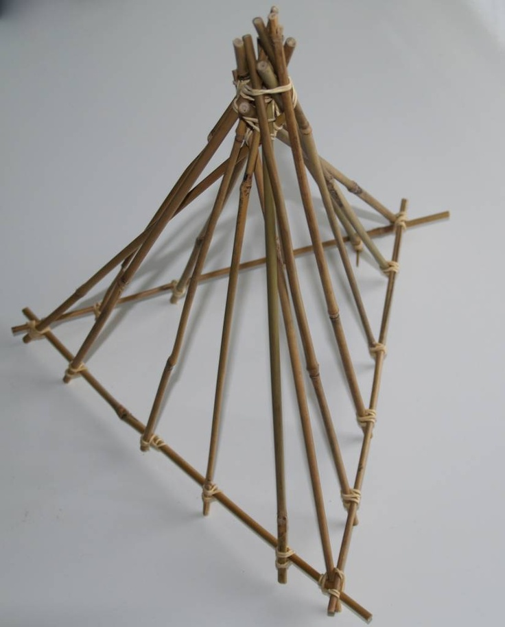 Bouwen met bamboe, bouwen met stokjes van 30cm!