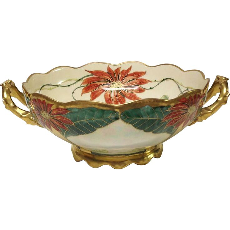 This bowl is a superb example of noted Pickard artist Harry Tolley's artistic skill. This particular pattern was supposedly his specialty. He was