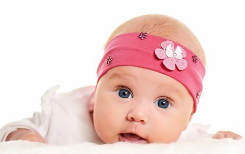 Autodiversifcarea http://clubulbebelusilor.ro/articol/655/autodiversificarea-la-bebelusi-sau-diversificarea-condusa-de-copil.html