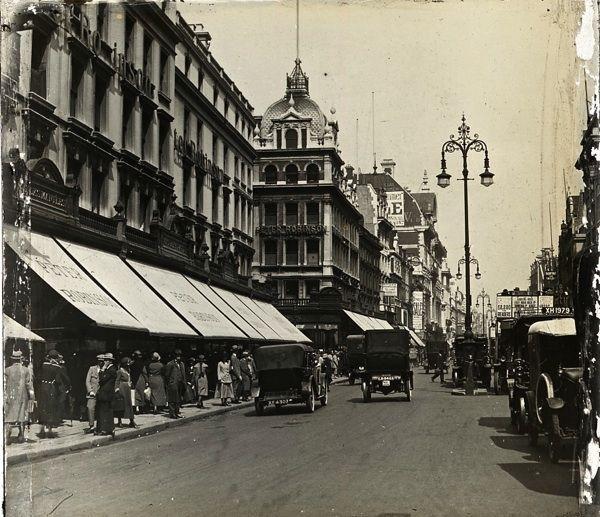 Peter Jones, Oxford Street, London [ c. 1920].