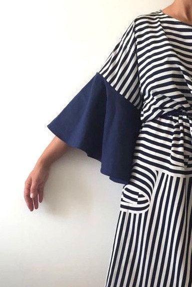 Abito vintage rigenerato_oversize dress!! un abito può rivivere tante volte e noi possiamo scegliere di non omologarci alla massa, ai grandi magazzini, alle grandi catene  che ci propongono una qualità scadente e ben poca originalità.