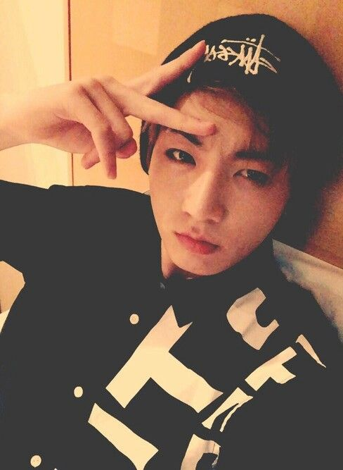 Jeon Jungkook  he looks so sexy when he makes that serious face in his selcas
