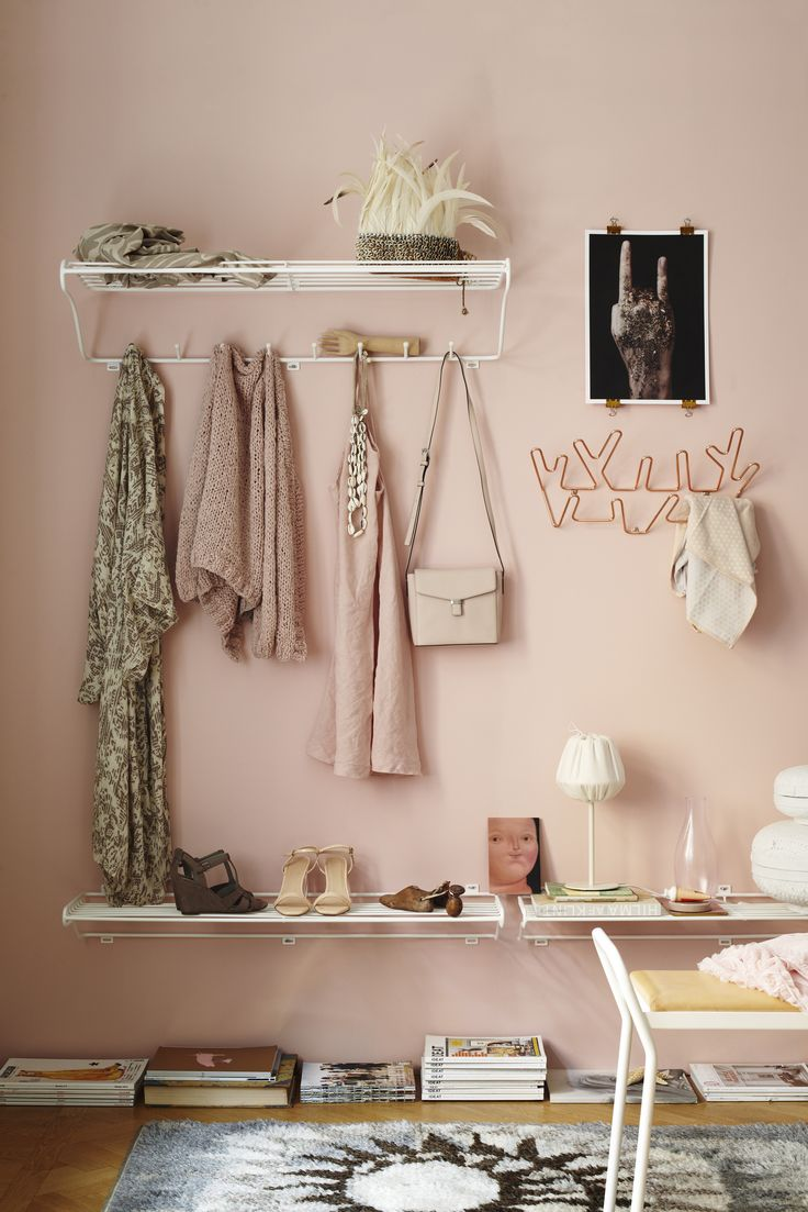 The Kolte series consist of neat and smart storage solutions for shoes, mittens, hats and clothes. Combine for a beautiful assembled hall.