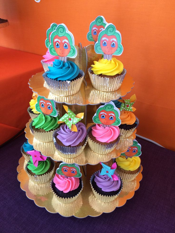 Oompa Loompa cupcakes #willywonkaparty