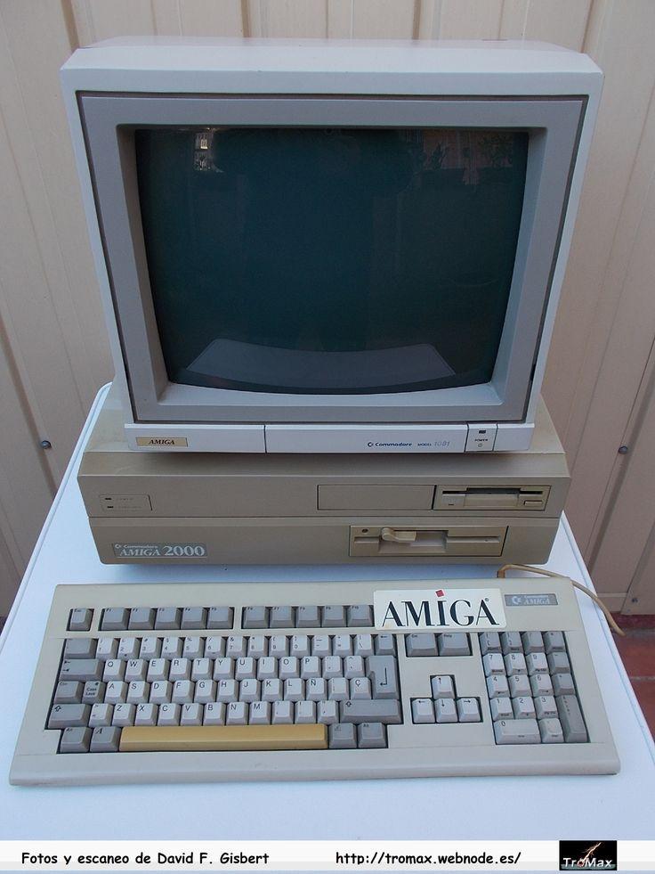 Commodore Amiga 2.000, Fotos y propietario David F. Gisbert (Tromax) Usuario informatico de Amiga, MSX, coleccionista de microordenadores y videoconsolas