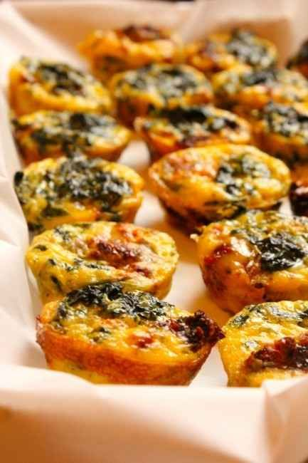 Make mini frittatas with spinach and sun-dried tomatoes for a healthy breakfast to go. | 29 Ways To Eat More Veggies For Breakfast