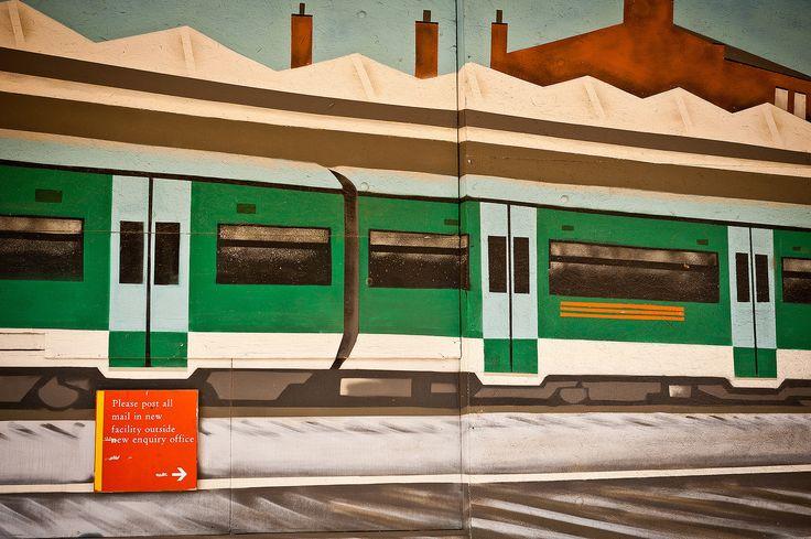 https://flic.kr/p/d9vtDQ | Mural - Hatfield Town Centre | Hatfield Town Centre, Hertfordshire.