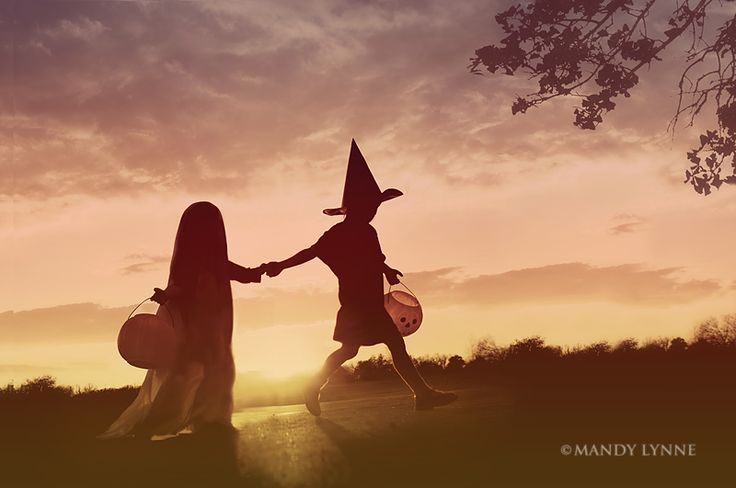 23 Pumpkin and Halloween photography ideas for pictures of kids and candy corn and other holiday fun. Love this kids witch silhouette photo.