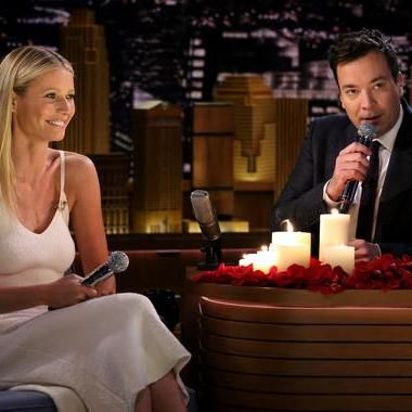 Hot: Gwyneth Paltrow sings awkward text messages with Jimmy Fallon on The Tonight Show