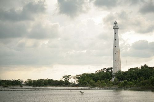 Sembilangan lighthouse [1882 - Sembilangan, Madura Island, Java, Indonesia]