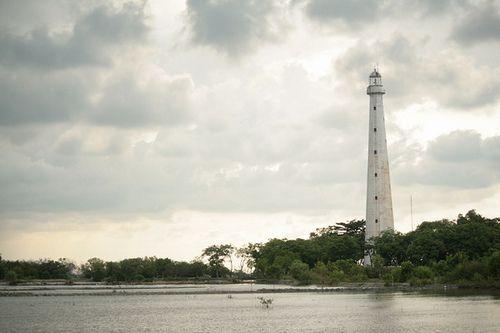 Sembilangan lighthouse [1882 - Sembilangan, Madura Island, Java, Indonesia]