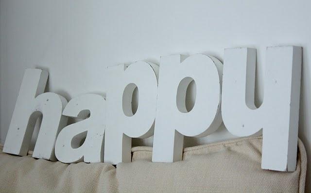 #happy Quem ser feliz começe com vc!  Quer perder peso? pare de comer gordinho.  Quer mais dinheiro? trabalhe preguiçoso ...http://migre.me/8kNjh