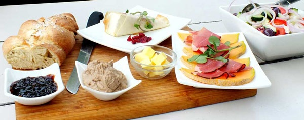 Bramon Vineyard - tapas lunch. So much ♥