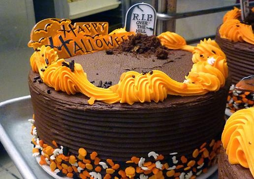 Photo Slideshow: Halloween Cakes: Cake Boss: TLChttp://tlc.howstuffworks.com/tv/cake-boss/buddys-halloween-cakes-pictures3.htm
