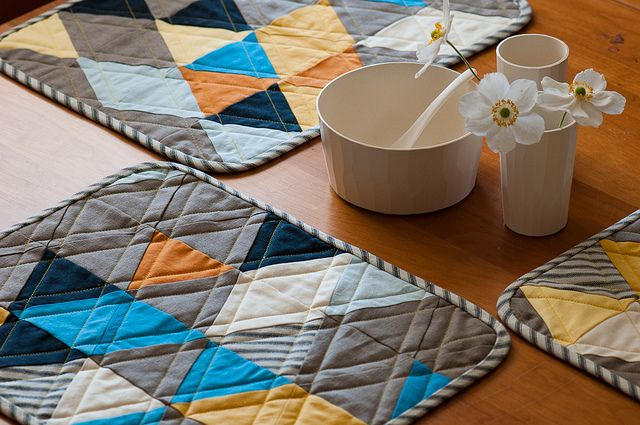 DIY: modern placemats: Craft, Idea, Pattern, Placemats Tutorial, Quilted Placemats, Modern Placemats This
