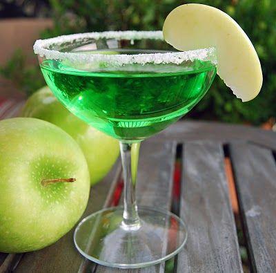 Green Apple Martini | Amazing New Recipes 2 Try! | Pinterest | Apple ...