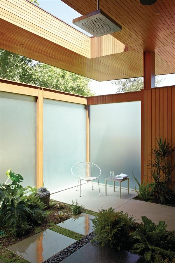 Outdoor Shower with Privacy