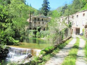 A 2 km de Privas au cœur de l'Ardèche, dans la vallée de l'Ouvèze !