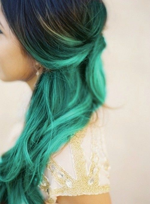 2015 DIY turquoise ombre hair dye for long wave hair girls - Creative blue/green ombre hair dye for party/wedding/vacation