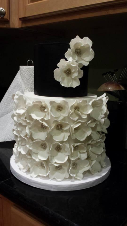 Fondant Flowers Fondant And Black And White On Pinterest