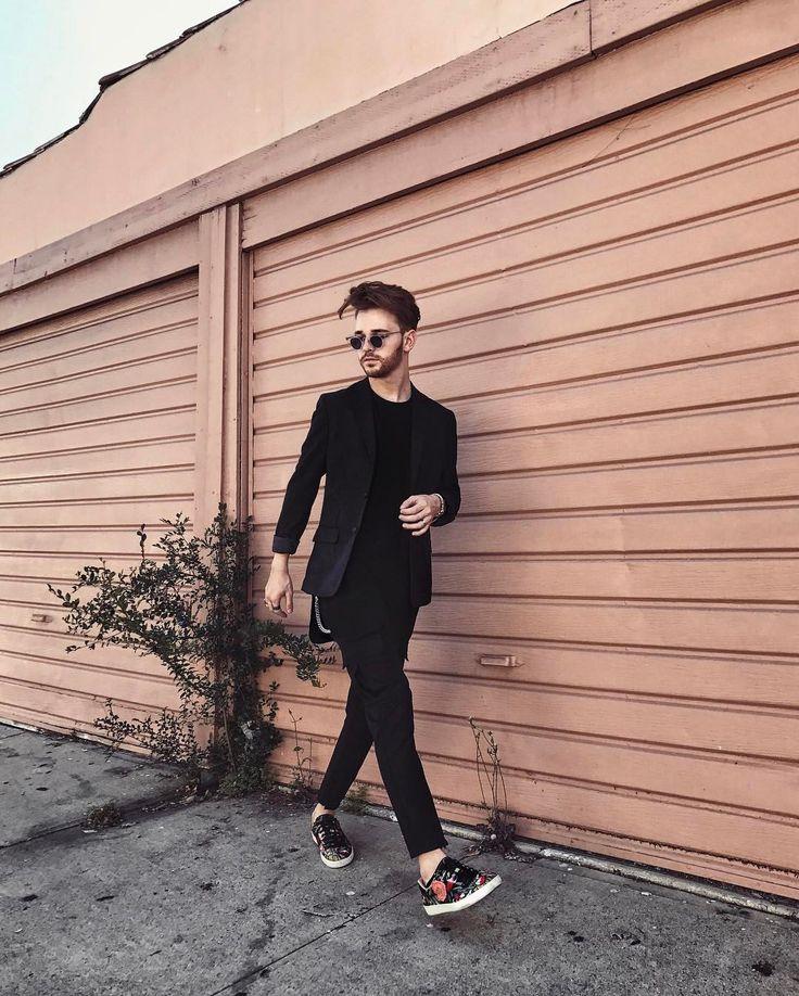 "6,787 Likes, 122 Comments - Drew Scott (@imdrewscott) on Instagram: ""Tailored layers and @gucci sneakers // #wiwt #ootd #mensfashion #imdrewscott"""