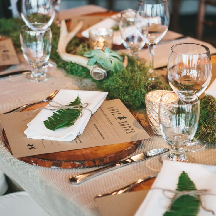 Charger plates instantly take a basic table and make them stunning. The Wood Slice charger plates work best with a mountain or rustic theme. These charger plates will bring the outdoors inside.  Pricing is per item based on a one-day rental.
