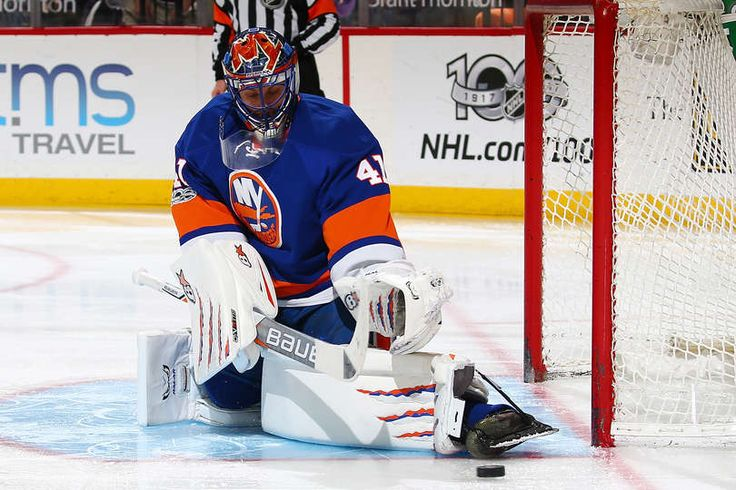 NEW YORK, NY - MARCH 31: Jaroslav Halak #41 of the New York Islanders makes a pad save against the New Jersey Devils at the Barclays Center on March 31, 2017 in Brooklyn borough of New York City. (Photo by Mike Stobe/NHLI via Getty Images)