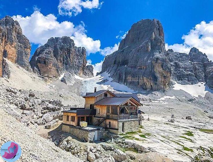 """""""Mi piace"""": 1,357, commenti: 9 - Trentino, Natura & Cultura (@trentinodascoprire) su Instagram: """"Ai piedi della vedretta degli Sfulmini, sorge il meraviglioso rifugio Alimonta che ci accoglie in…"""""""