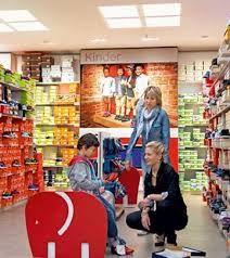 Znalezione obrazy dla zapytania deichmann shop display