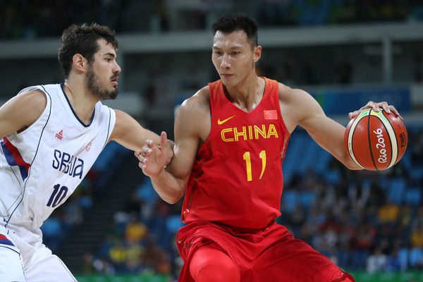 Report: Lakers in talks with Chinese star Yi Jianlian | Yardbarker.com